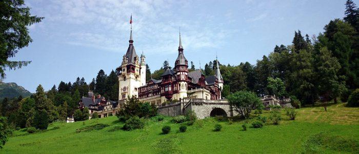 Travelling: Brasov, Sinaia, Peles Castle, Ialomitei Cave, Babele