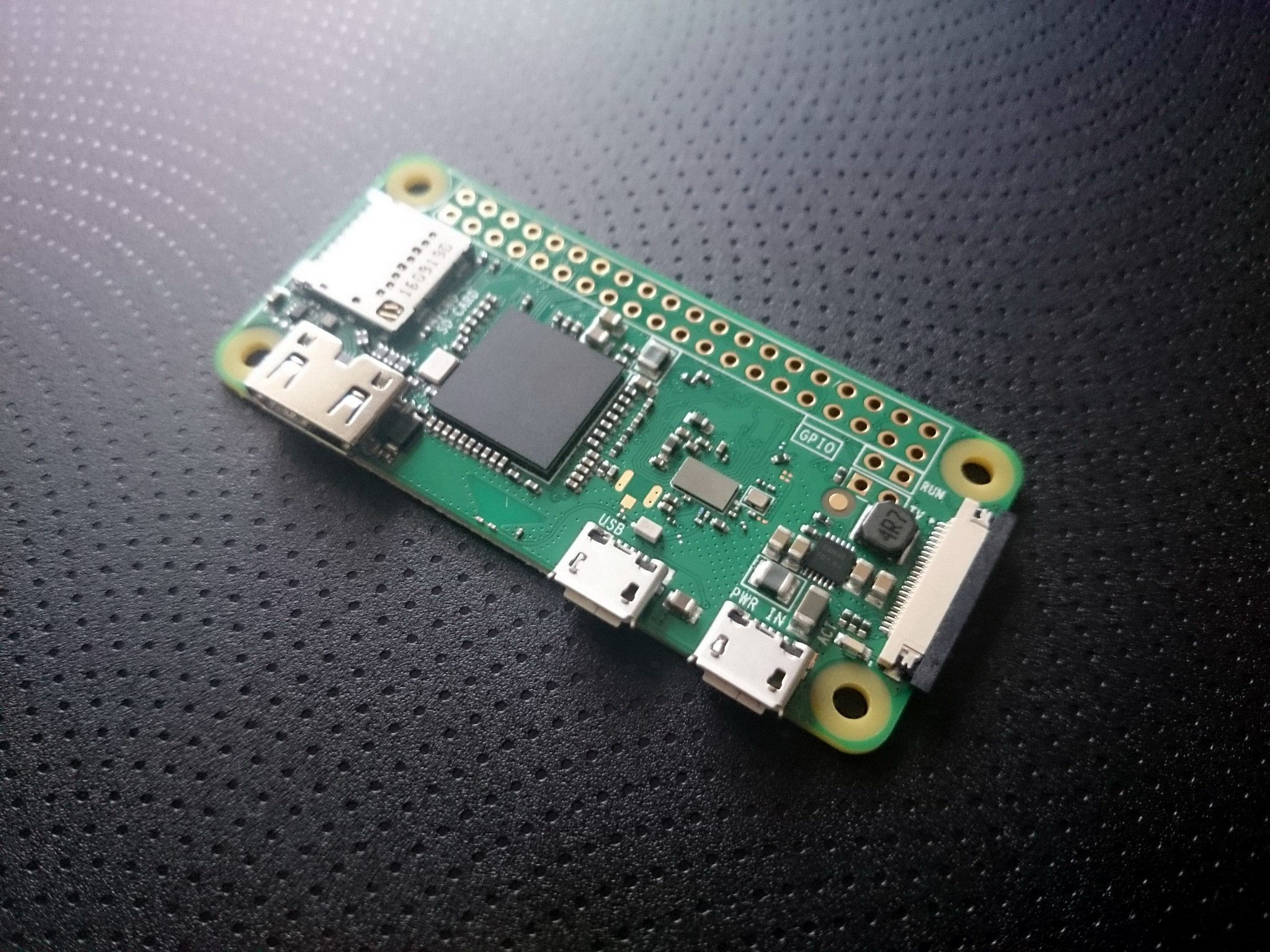 Raspberry Pi Zero Wireless shininess
