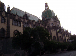 Iparmuveszeti Muzeum (Museum of Applied Arts)