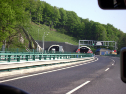 Panenska tunnel, E55/D8